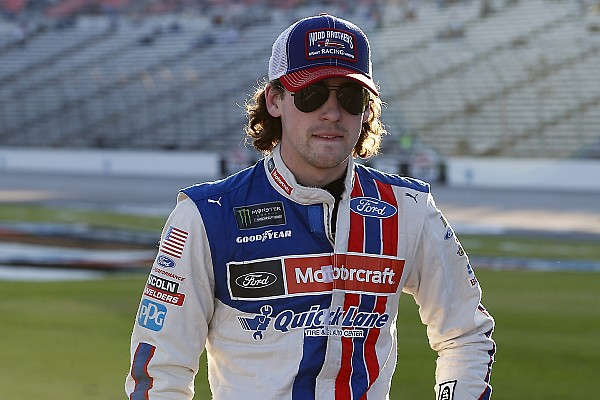 Ryan Blaney capturó la pole para Phoenix y Suárez en 10°