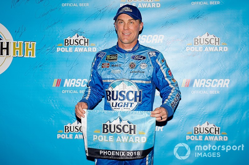 Kevin Harvick rebounds with Phoenix pole over Chase Elliott
