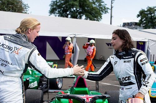 W Series Hungary: Chadwick takes pole from Powell as title battle continues