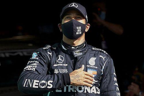 """Hamilton: """"Bu başarıyı pistteki ve fabrikadaki herkese borçluyum"""""""