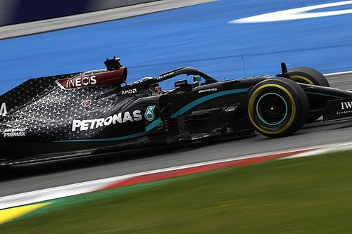 Hamilton, Mercedes'ten yıllık 50 milyon dolar istediğini yalanladı