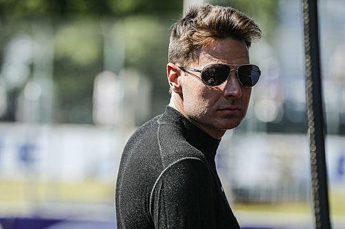 «Что за тупые решения». Пауэр раскритиковал судей IndyCar