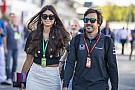 Alonso barátnője