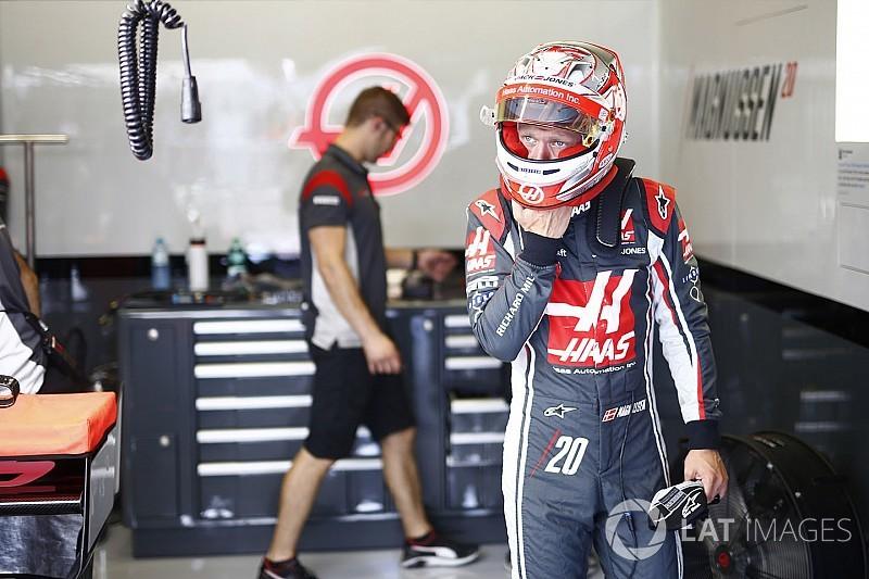 В Haas связали сход Магнуссена с новой конструкцией заднего крыла