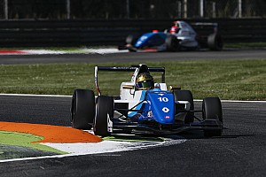 Formula Renault Gara Robert Shwartzman si impone a Monza in una Gara 1 interrotta anticipatamente