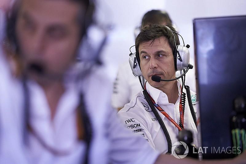 Вольфф: Ми маємо адаптуватися до ставки Ferrari на Феттеля