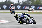 Brno testi: Rossi, Marquez'i 0.018 saniye ile geçti