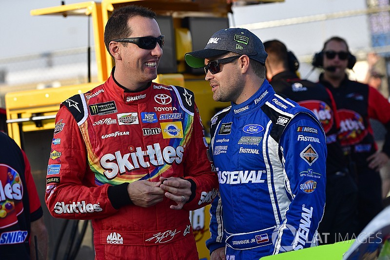 """Ricky Stenhouse Jr. calls out Kyle Busch for """"running his mouth"""""""