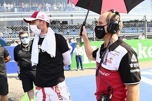 Kubica elfogadja, hogy mások előnyt élveznek az Alfa Romeo ülésének kapcsán