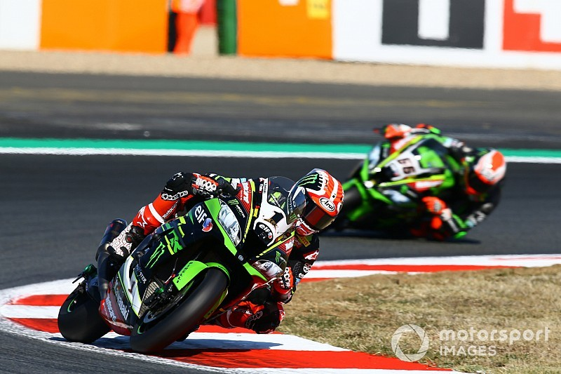 Magny-Cours WSBK: Rea beats Davies for eighth straight win
