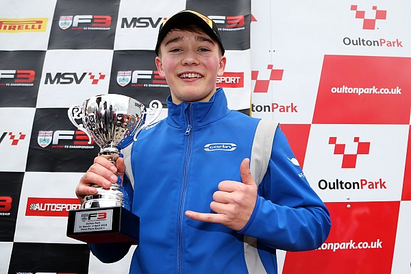 Monger scores British F3 podium on racing return