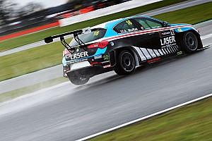 TCR Ultime notizie Moffat e Laser Tools Racing discutono con il TCR UK e lasciano la serie