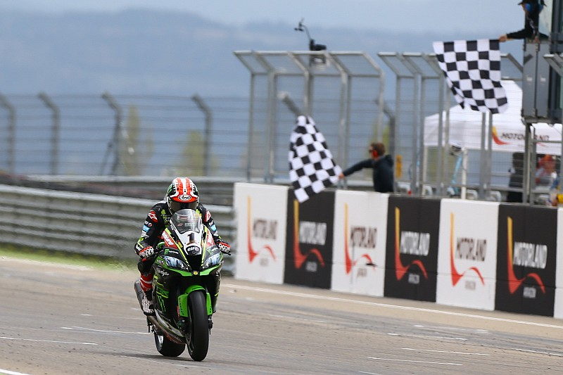 WSBK, Імола: Kawasaki здобула блискучий дубль у гонці, переможцем став Рей