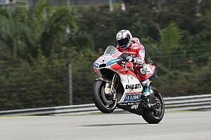 MotoGP Reporte de pruebas Dovizioso y Márquez llevan su duelo al segundo ensayo libre en Malasia