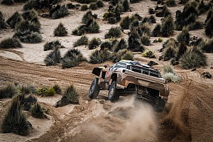 Dakar Etap raporu Dakar 2018, 8. Etap: Peterhansel en hızlı, Sainz rahat bir şekilde lider