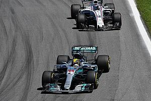 فورمولا 1 أخبار عاجلة هاميلتون: سباق البرازيل ذكّرني بسباقاتي في الكارتينغ