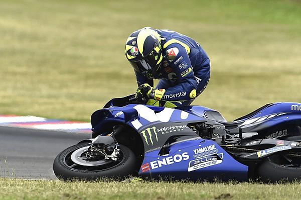 MotoGP Столкновение Маркеса с Росси в Аргентине: видео