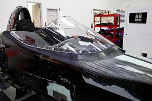 IndyCar Motorsport.com hírek Az IndyCar is teszteli a maga fejvédő elemét az autókon