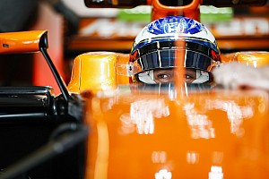 Alonso már helyet is foglalt a 2018-as cockpitban