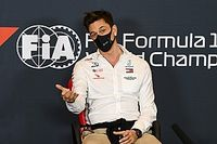 """Wolff: F1 may need to be """"adaptive"""" amid second COVID wave"""