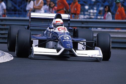 """The """"completely mad"""" nose job that transformed F1 design"""