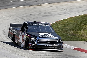 Last-lap caution leaves Kyle Busch 3-for-3 in Truck Series