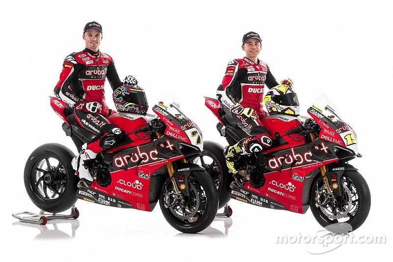 La Ducati entra nell'era quattro cilindri in SBK: ecco la Panigale V4 di Bautista e Davies