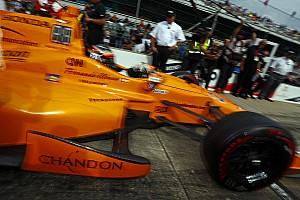 A McLaren szponzorai kárpótlásként vannak Alonso indy 500-as autóján