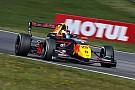 """Formule Renault Verschoor stelt teleur op de Nürburgring: """"Er klopt iets niet"""""""
