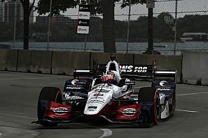 IndyCar Relato da corrida Rahal passeia em primeira prova de Detroit; Castroneves é 7º