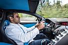 Automotive Video: Hoe Montoya met de Bugatti Chiron naar de 400 km/u knalt