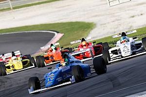 Формула 4 Новость В гонке Ф4 на «Сепанге» до финиша не доехала ни одна машина
