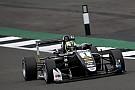 F3 Europe Eriksson supera Ilott no início e vence corrida 2