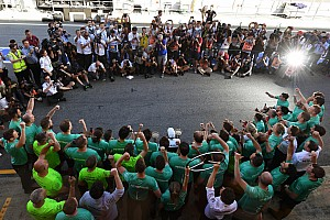 Formula 1 Special feature Story behind the photo: Hamilton's flashy victory celebrations