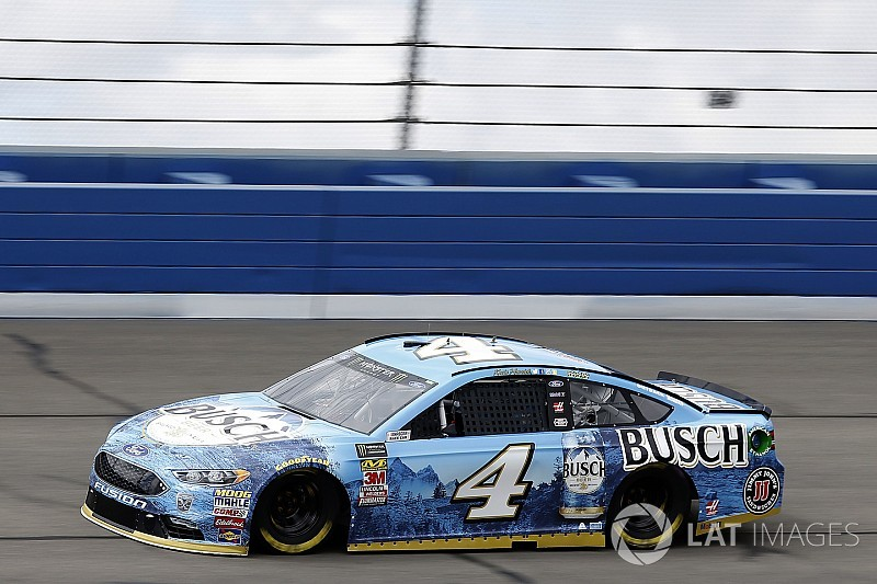 Kevin Harvick leads second Cup practice at Fontana