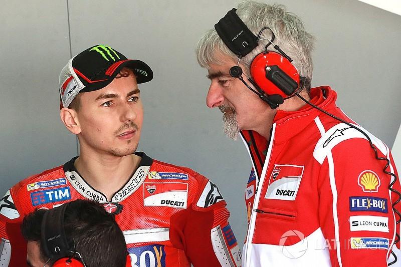 Ducati diz querer fechar com Dovi e Lorenzo até Jerez