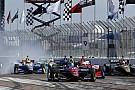 IndyCar Авария в борьбе за победу: мнения Росси и Уикенса