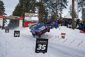 WRC Motorsport.com hírek A navigátor is meglepődött egy pillanatra Neuville ugratásától