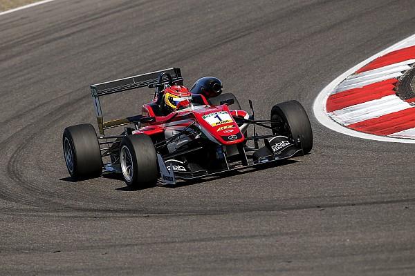 فورمولا 3 الأوروبيّة: سترول يُسيطر على مُجريات السباق الأوّل على حلبة نوربورغرينغ