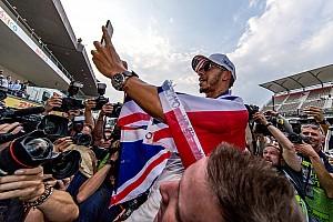 Formel 1 News Hamilton will Ritterschlag: Würde auf Sir-Anrede bestehen
