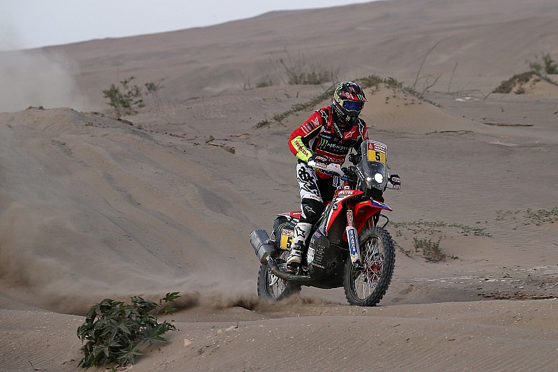 Dakar Stage 7: Barreda menang, Van Beveren memimpin lagi