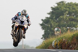Road racing Race report Isle of Man TT:Dunlop dedicates Superbike win to Kneen