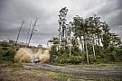 WRC Australia WRC: Neuville still leading, Breen crashes heavily