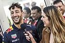 Відео: як гонщики Red Bull покаталися на снігу у 2016-му