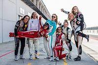 """Vice-campeã da IMSA, Legge celebra mais oportunidades para mulheres no automobilismo: """"Os tempos estão mudando"""""""