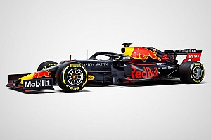 """Red Bull показала """"бойову"""" ліврею машини на сезон-2019"""