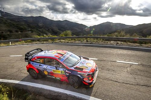 WRC, Rally Spagna, PS8: Neuville aumenta il suo vantaggio