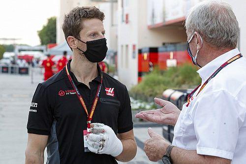 グロージャン、バーレーンGPの大事故から1ヵ月。シムレース再開も「まだ左手が完全ではない」