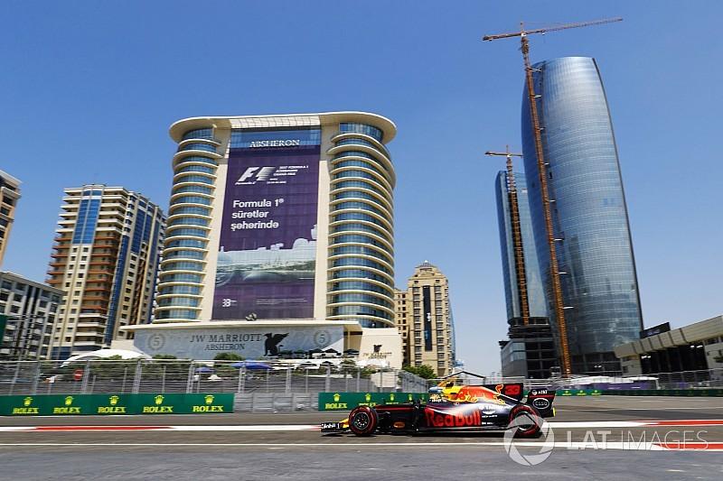 Ферстаппен стал лучшим в первой сессии в Баку, Перес разбил машину