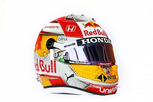 Sergio Pérez presenta un casco especial para las carreras en Austria